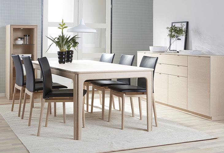 Skovby SM27 spisebord